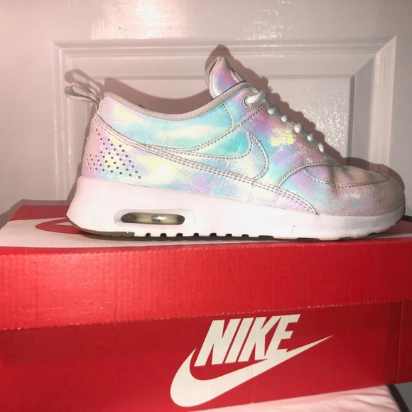 air max thea iridescent